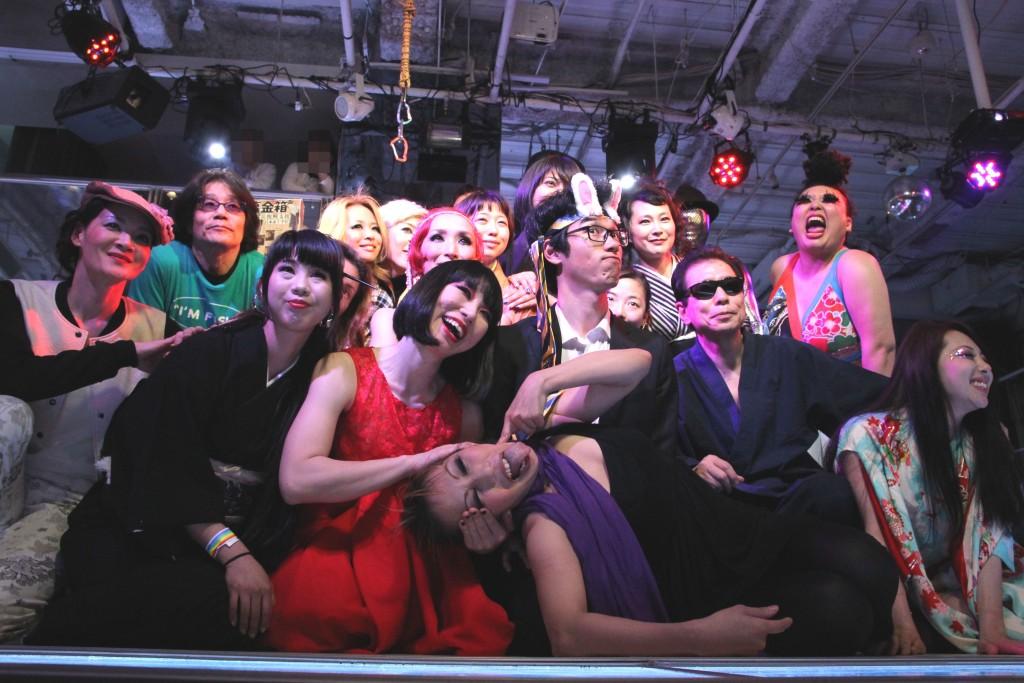 エロチカジャポネスク Vol.12<その3>~ライブペイント・ポールダンス・ベリーダンス・フラフープ・武富士ダンス・ジャグリング・ゼンタイダンス・鞭パフォーマンス